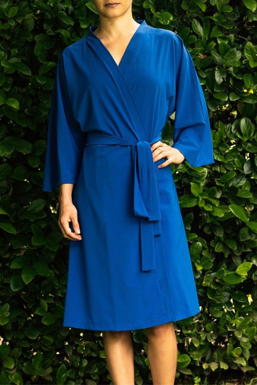 bata para damas de honor estilo kimono azul marino